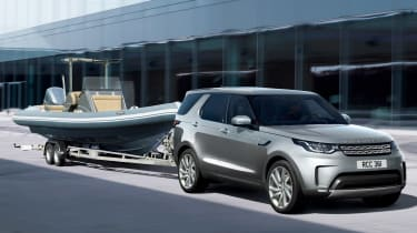 Land Rover Discovery Commercial boat