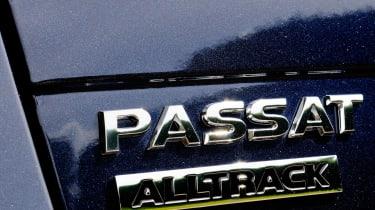 Volkswagen Passat Alltrack badge