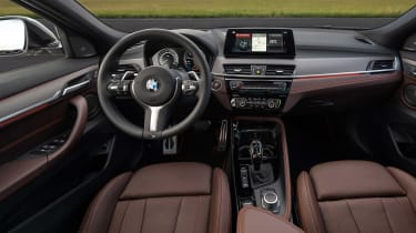 BMW X2 M Mesh Edition - dash
