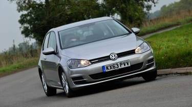 Volkswagen Golf Bluemotion front tracking