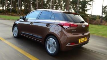 Used Hyundai i20 - rear action