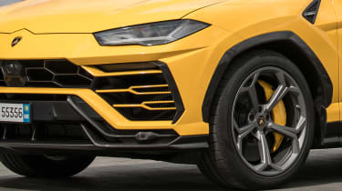 Lamborghini Urus - front detail