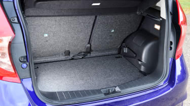 Nissan Note - boot