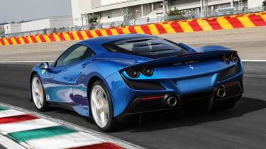 Ferrari F8 Tributo - rear tracking