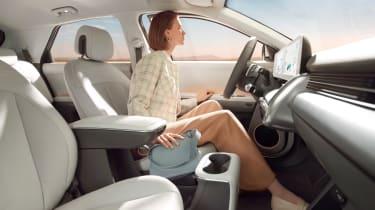Ioniq 5 - front seats