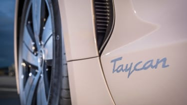 Porsche Taycan RWD - Taycan side