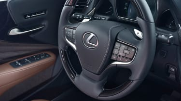 Lexus LS 500h - steering wheel