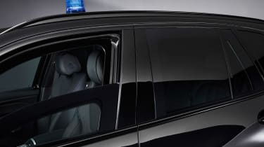 BMW X5 Protection VR6 - roof light