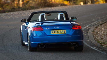 Audi TT RS Roadster - rear cornering
