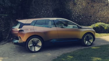 BMW Vision iNEXT concept - side action