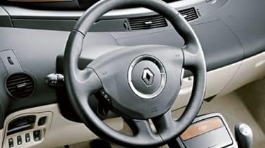 Renault Grand Espace dashboard