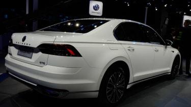 Volkswagen Phideon - rear