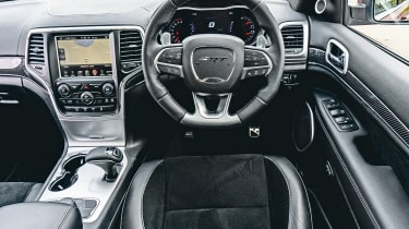 Jeep Grand Cherokee SRT - interior
