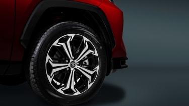 Toyota RAV4 Prime - wheel