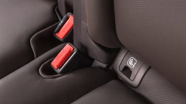 Mazda CX-8 - isofix