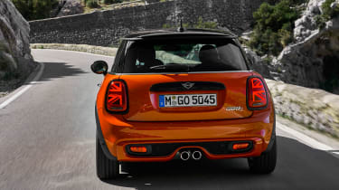 MINI Hatch - full rear action