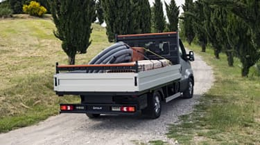 Iveco Daily 2021 - rear