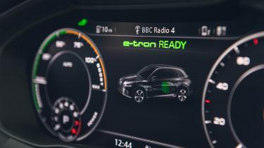 Audi Q5 55 TFSI e - e-tron mode