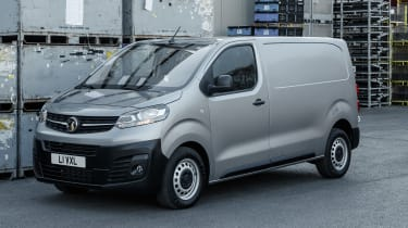 Vauxhall Vivaro van - front 3/4 static