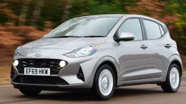 Hyundai i10 - front driving
