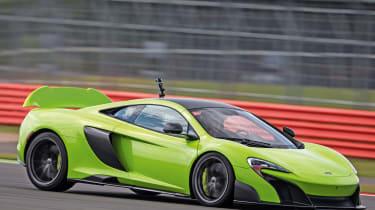 McLaren 675LT - track