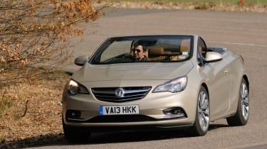 Vauxhall-Cascada-2014-front-action