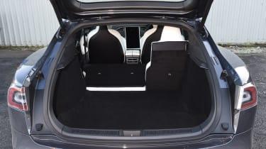 Tesla Model S P100D - boot