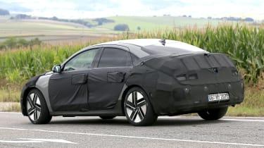 Hyundai Ioniq 6 - spyshot 6