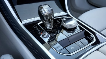BMW 8 Series Convertible - transmission