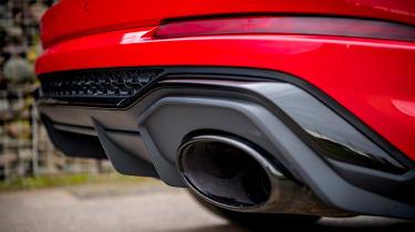 Audi RS Q3 - exhaust