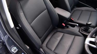 Kia Rio facelift - seats
