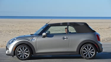 MINI Cooper S Convertible 2016 review - roof opening 4