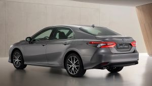 Toyota%20Camry%202021.jpg