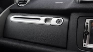 Used Smart ForTwo - glove box