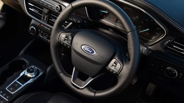 Ford Focus Vignale Estate - steering wheel