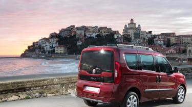 Fiat Doblo 2015 - rear static