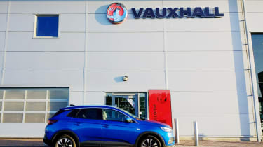 Vauxhall Grandland X - garage