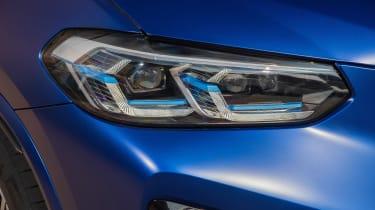 BMW X3 M - front lights
