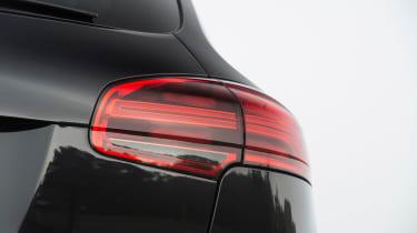 Porsche Cayenne Diesel - rear light detail