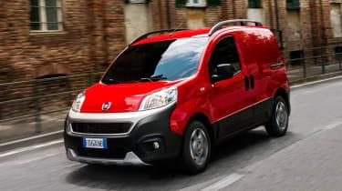 Fiat Fiorino Cargo - Front