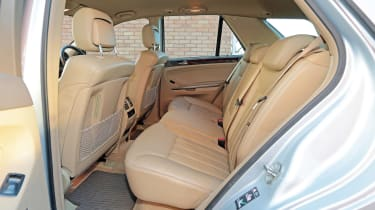 Used Mercedes M-Class - back seats