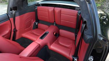 Porsche 911 Targa GTS - rear seats