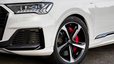 Audi Q7 60 TFSI e - wheel