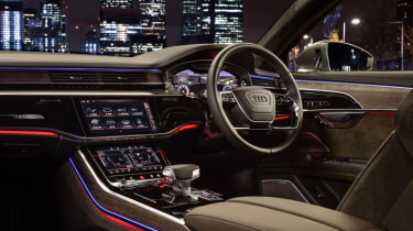 Audi A8 - dash night