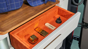 Klassen Sprinter VIP armoured orange drawer