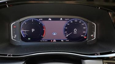 Volkswagen California T6.1 - dials