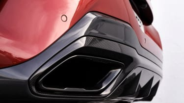 BMW 8 Series - exhaust