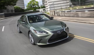 Lexus ES front 3/4 driving