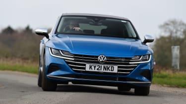 Volkswagen Arteon eHybrid - front cornering