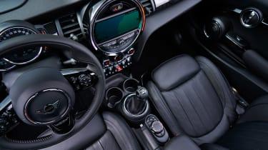 MINI hatch - interior